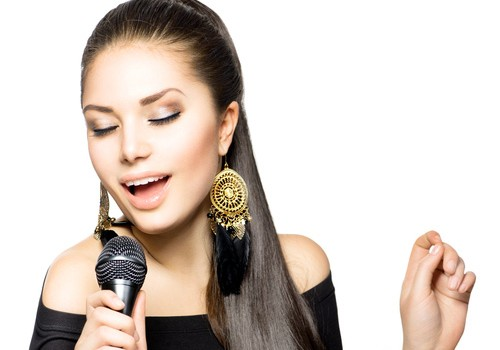 5 Tips for Protecting Your Singing Voice
